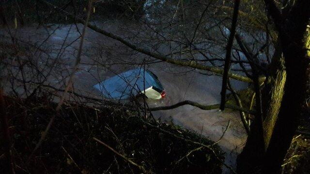 Pontrilas car in river.jpeg