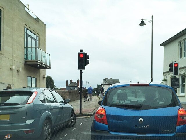 Cyclists Jumps Red Light.jpg