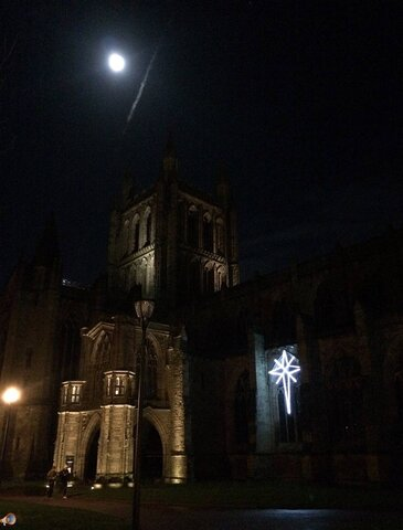 Hereford Cathedral Xmas Eve.jpg