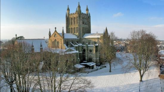 hereford-cathedral-in.jpg.5d226437269a0ba558584f958695ab1d.jpg