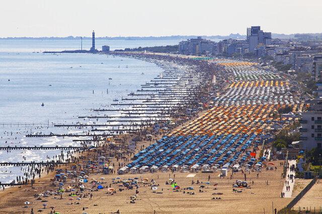 jesolo beach.jpg